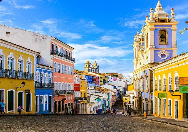 Como economizar muito na viagem a Salvador
